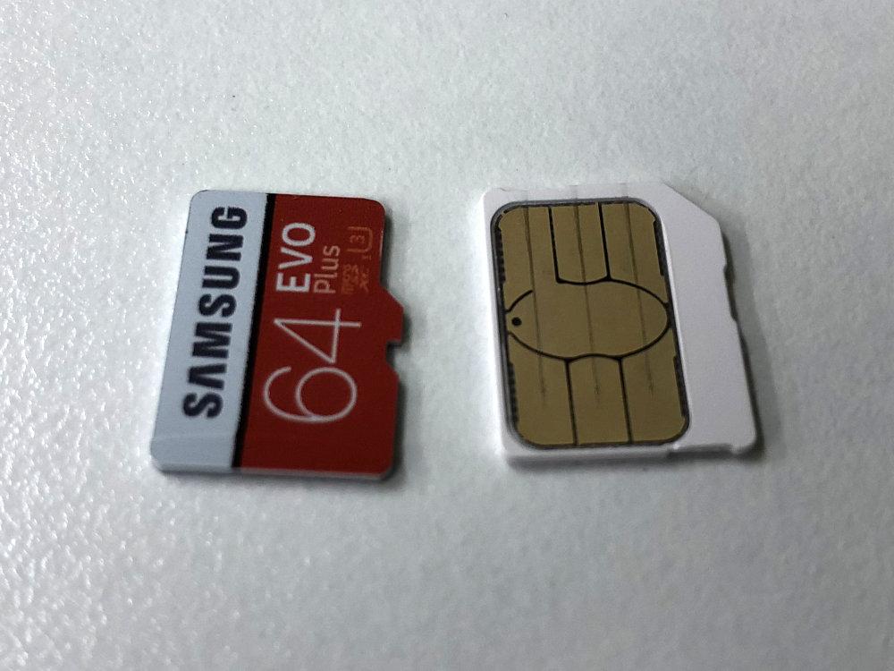 Micro SDカードとmicroSIMカードの比較